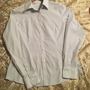 Brooks Brothers Womens button down shirt. Size 8.